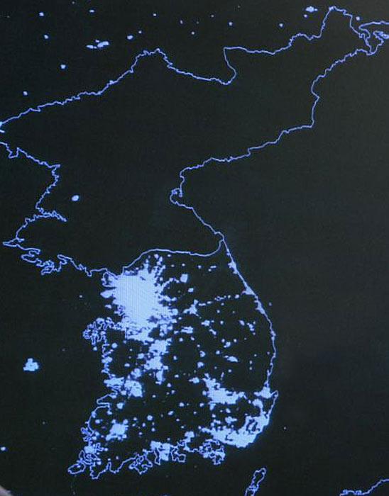 Satellite image of North Korea Vs South Korea at night