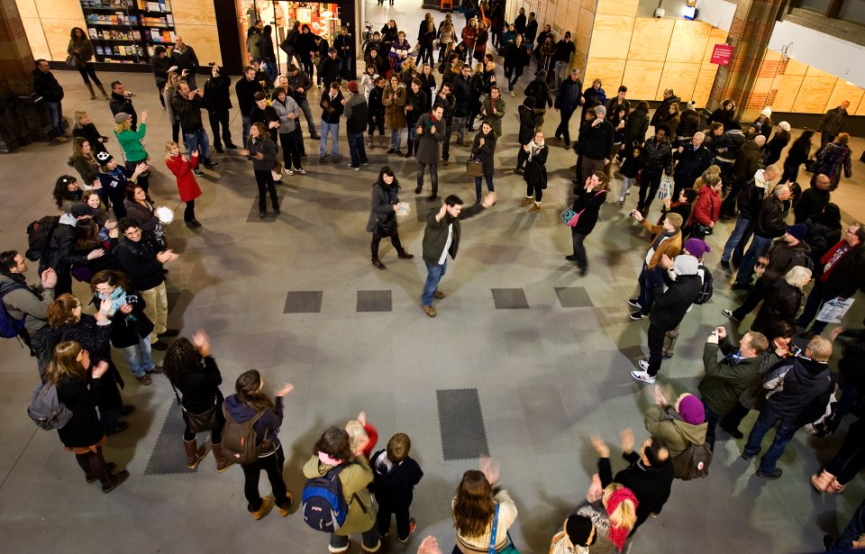 Photo of the Heart shaped flash Mob by David Cenzer