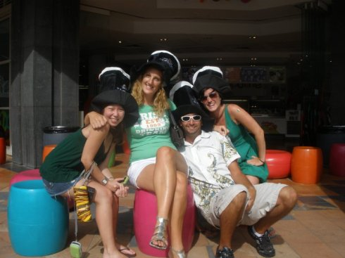 Paddys Day 2012 in Melbourne Australia with some awesome Couchsurfers!