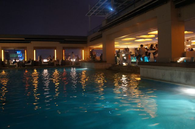 The amazing outdoor rooftop pool at Luna Bar