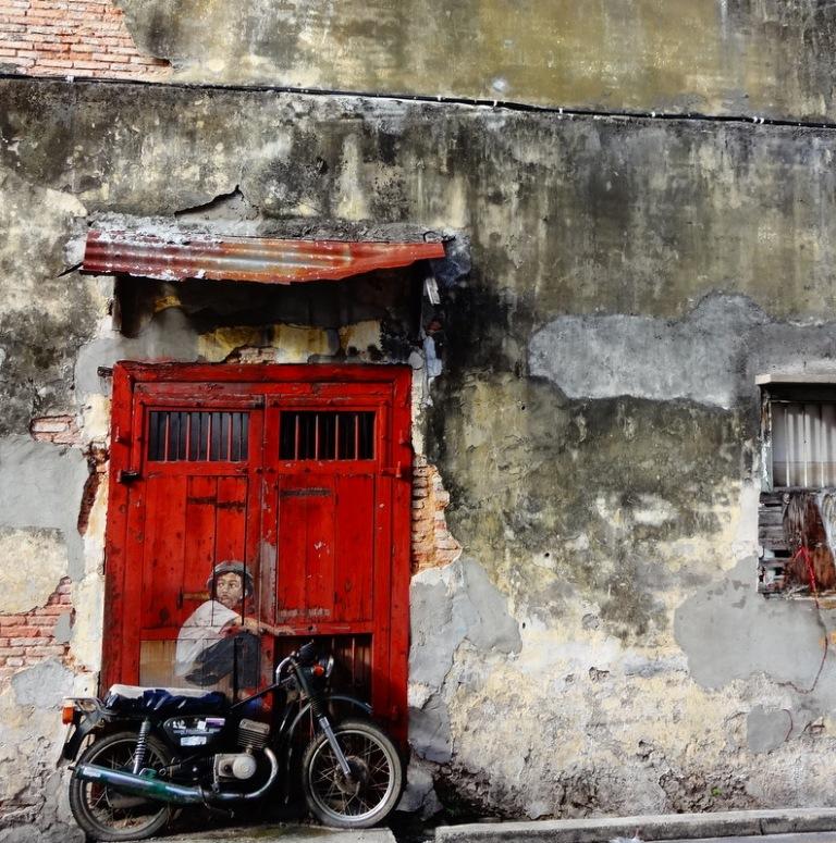 penang street art bike