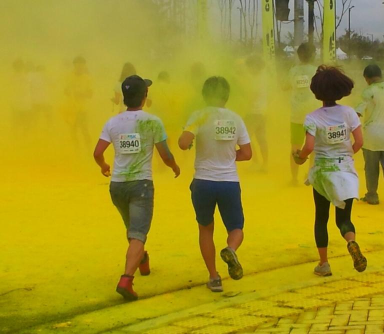 color me rad 5km run korea