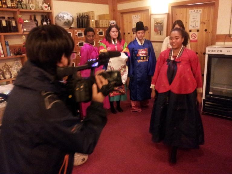 hanbok fashion show