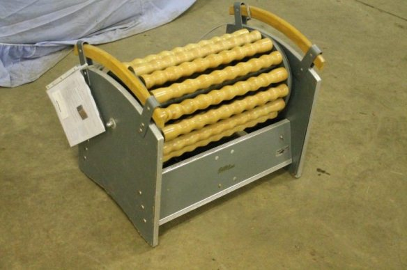 legs fat jiggling machine